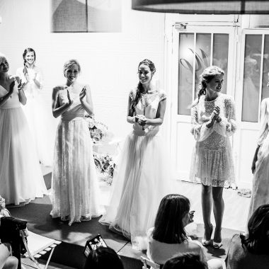 Hôtesses lors d'un défilé de mode