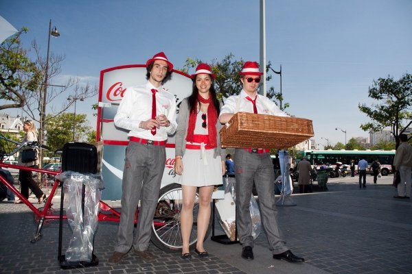animatrice et animateurs tournée nationale coca-cola light